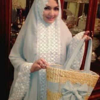Mukena Al Gani Belinda Abu-abu